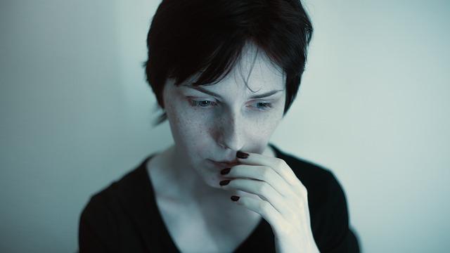 žena v depresích