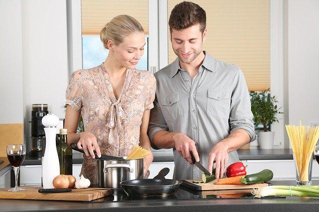 partneři při vaření.jpg