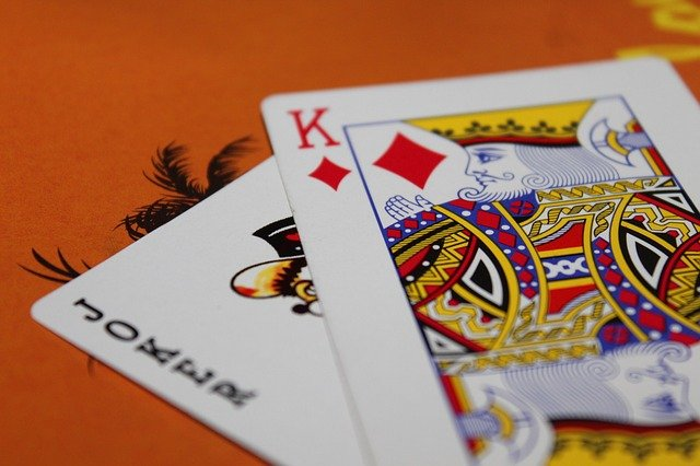 dvě karty.jpg