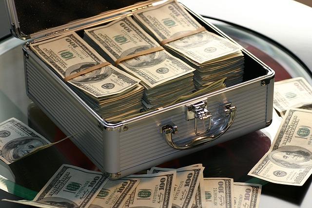 kufr a dolary